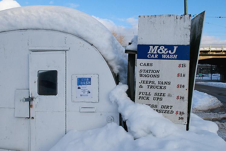 Car Wash,Snowstorm,Granville Street Bridge,Granville Island,Vancouver,British Columbia,Canada,Winter,West Coast, photo