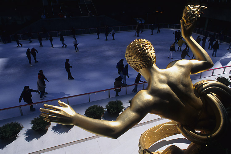 Ice Skating,Statue,Rockefeller Plaza,Rockefeller Center,Manhattan,New York,USA,Winter,Travel, photo