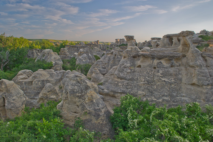 Sandstone Cliffs, Writing-on-Stone Provincial Park, Milk River, Alberta, Canada, Summer, photo
