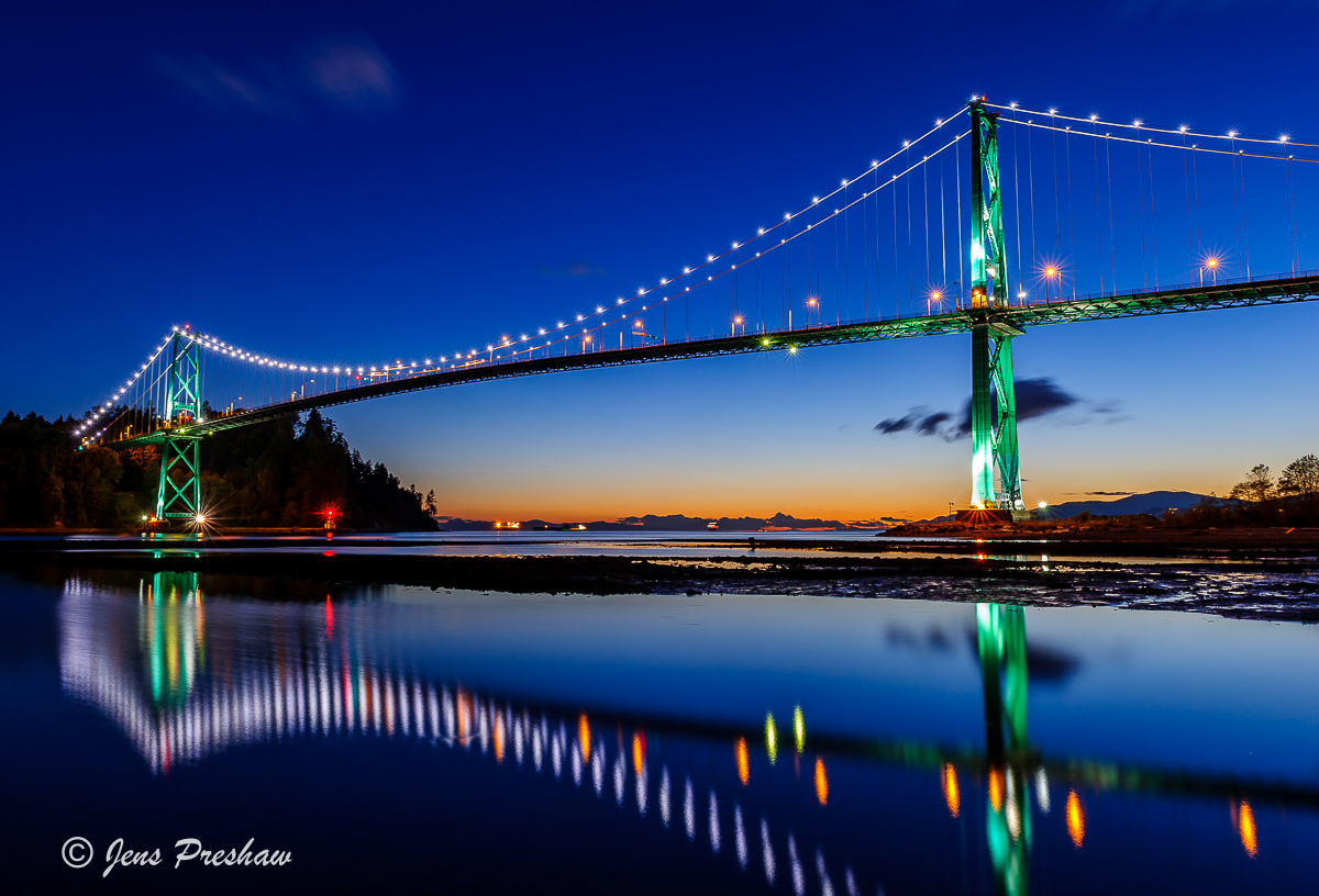 Lions Gate Bridge, Sunset, Burrard Inlet, Reflection, Vancouver, North Vancouver, West Vancouver, British Columbia, Canada, Summer, photo