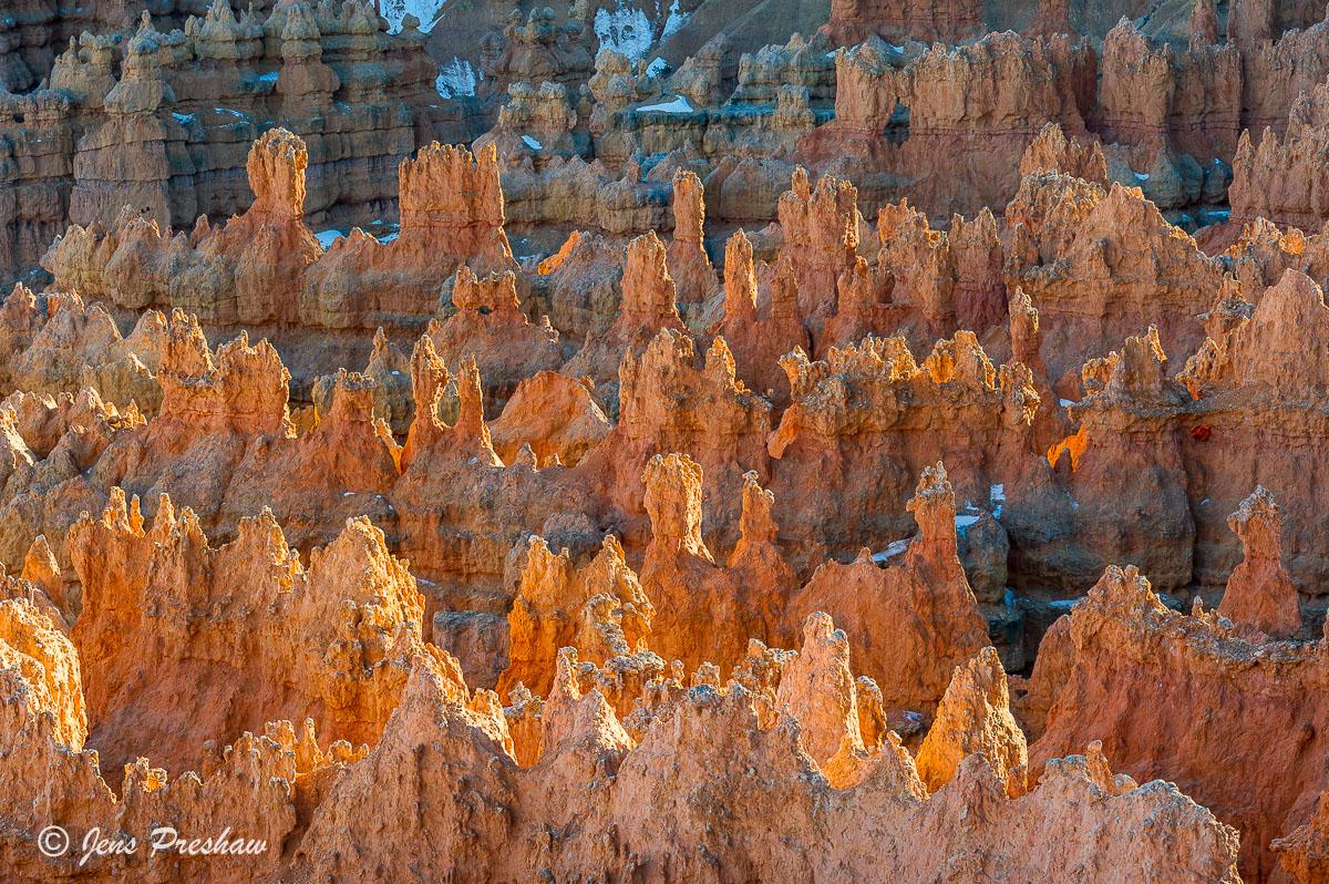 Rock Formations, Hoodoos, Bryce Canyon Amphitheatre, Bryce Canyon National Park, Utah, USA, photo