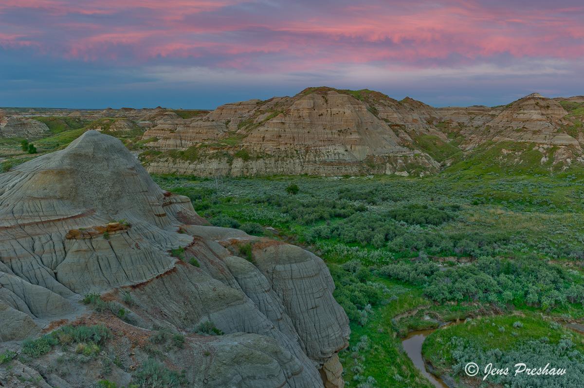 Sunset, Pink Clouds, Badlands, Valley, Dinosaur Provincial Park, UNESCO World Heritage Site, Alberta, Canada, Summer , photo
