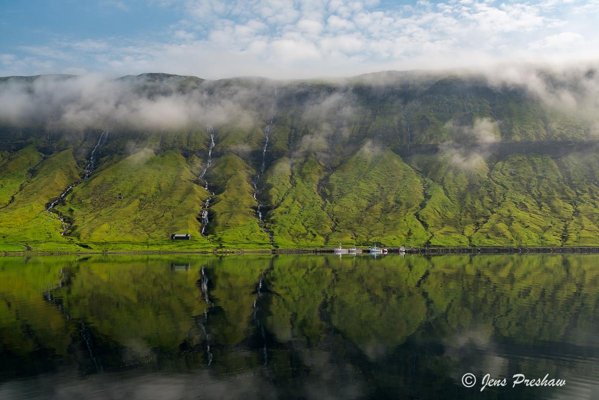 fishing boats, Streymoy, Faroe Islands, mountains, summer, waterfalls, North Atlantic ocean, photo
