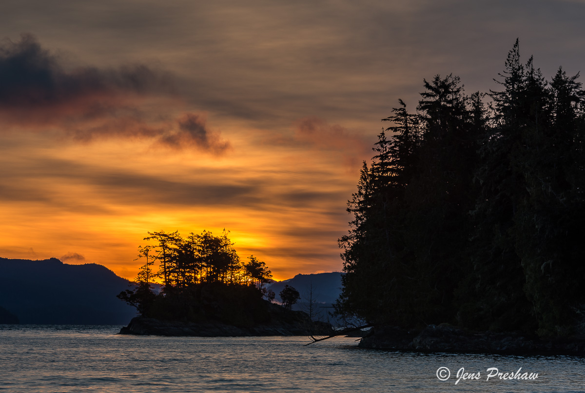 Sunrise, Island, Johnstone Strait, Telegraph Cove, Vancouver Island, British Columbia, Canada, Pacific Ocean, Spring, photo