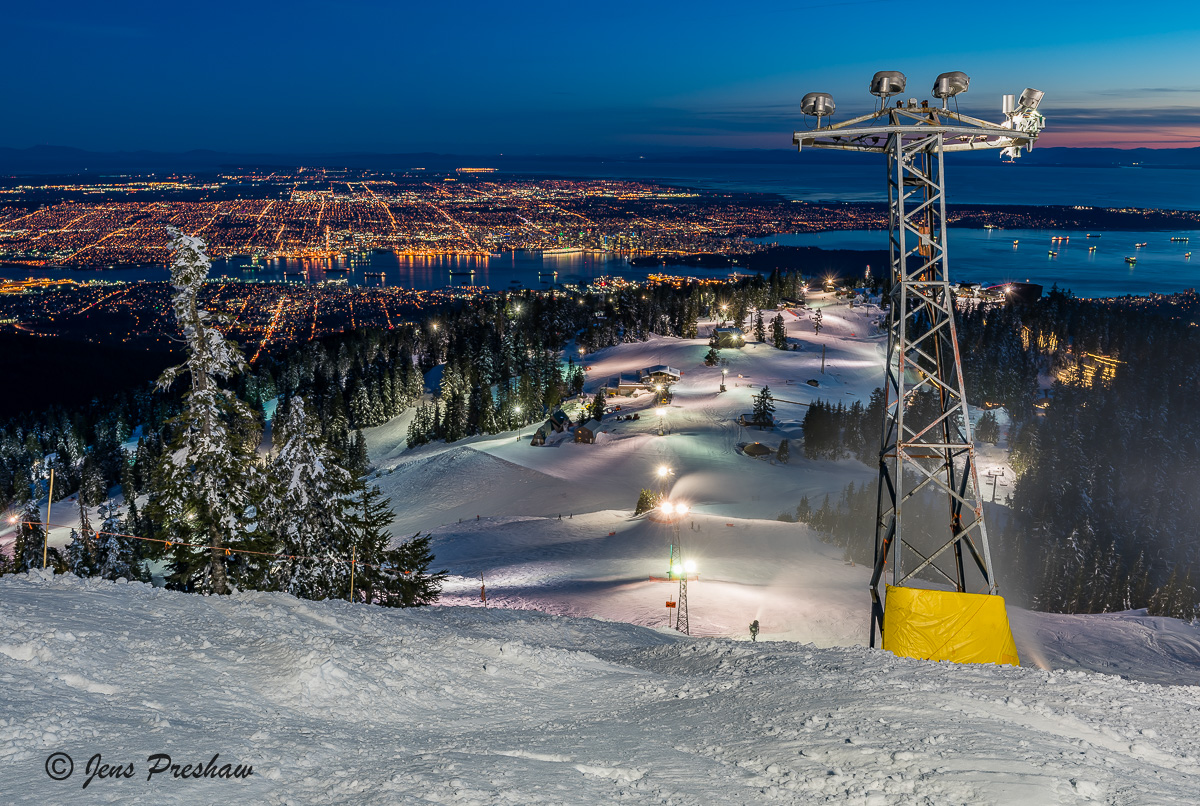 Skiing, Downtown Vancouver, Grouse Mountain, North Shore Mountains, British Columbia, Canada, Winter , photo