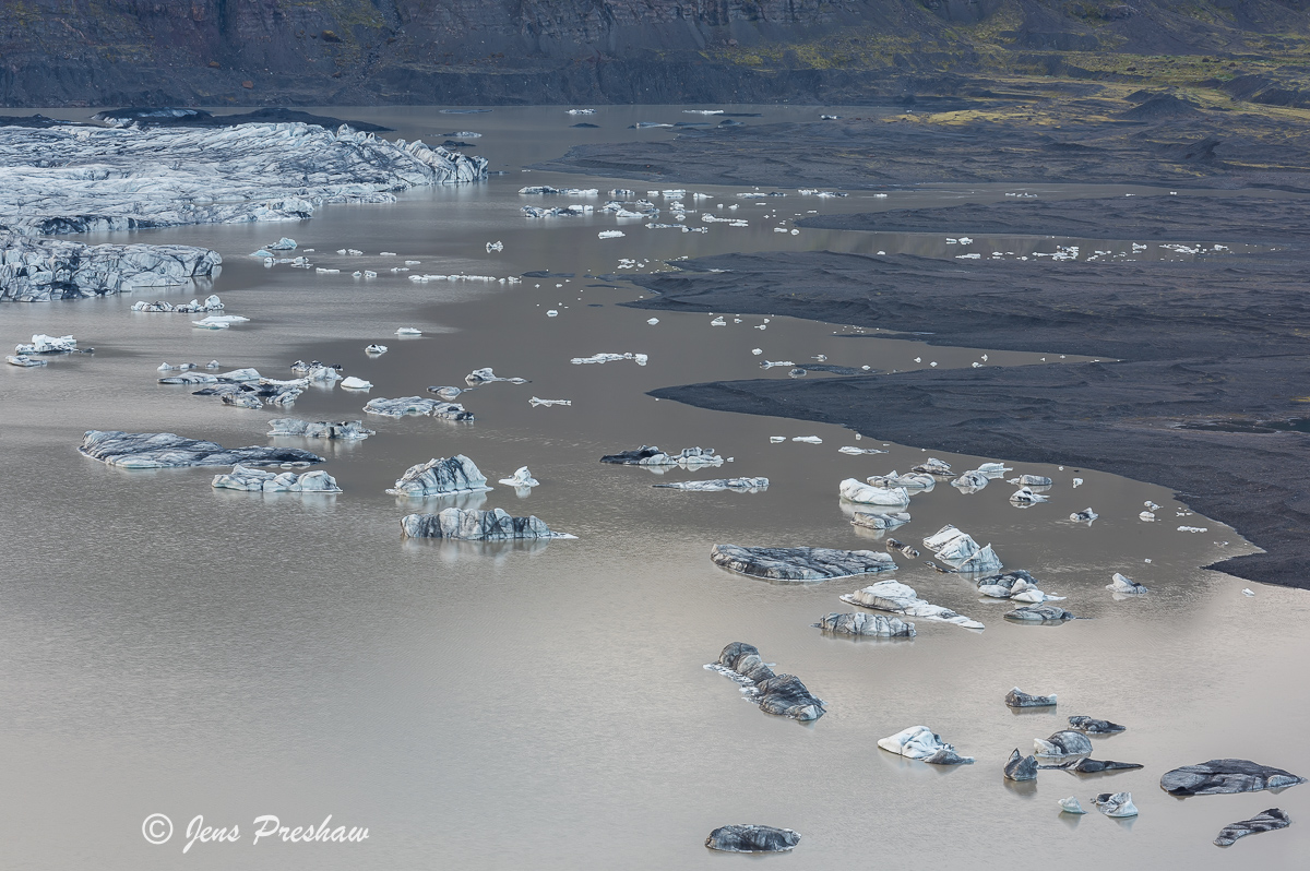 Skaftafellsjökull, Vatnajökull National Park, Vatnajökull Ice Cap, Icebergs, Moraines, Meltwater, South Iceland, Summer, photo