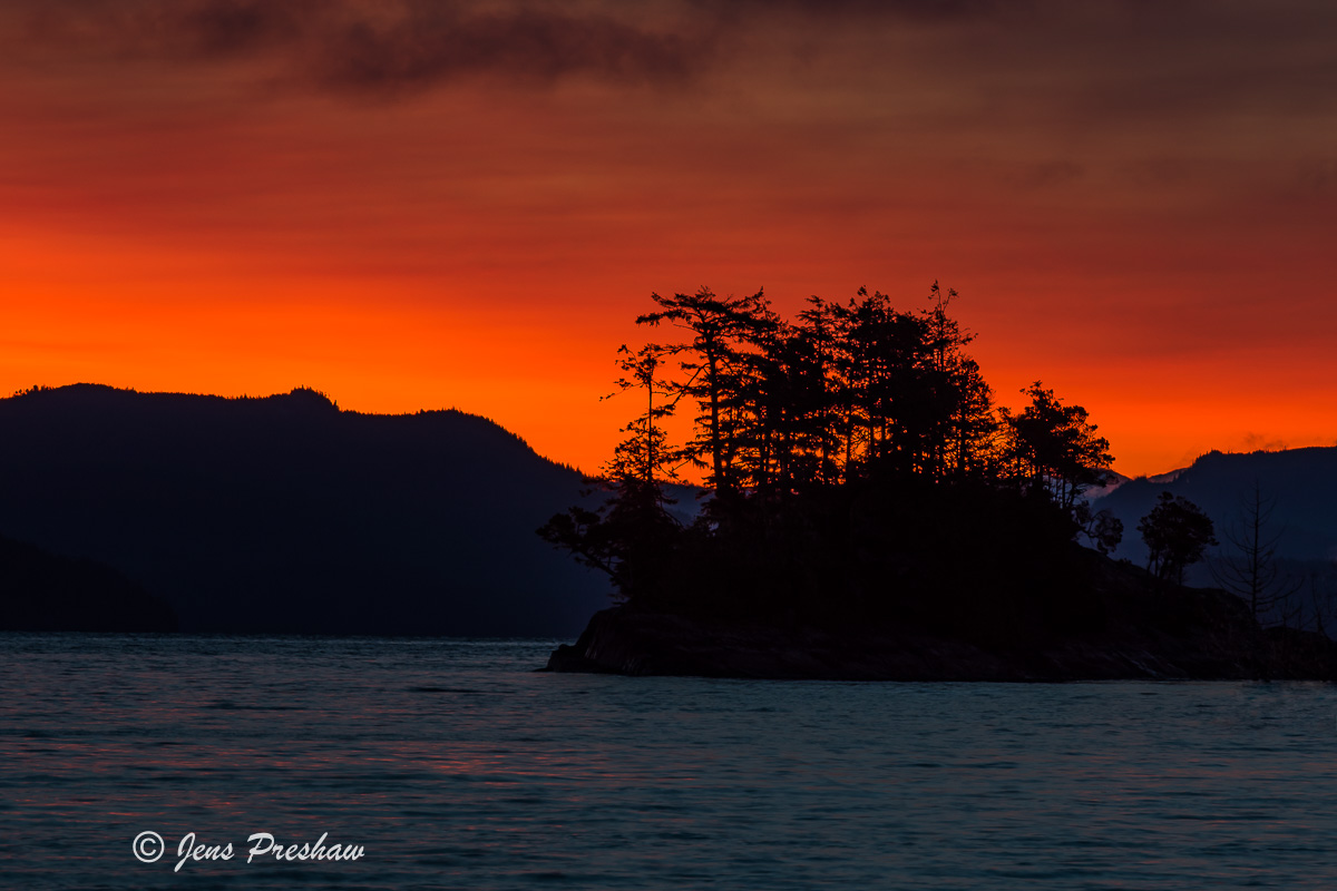 Sunrise, Island, Johnstone Strait, Telegraph Cove, Vancouver Island, British Columbia, Canada, Pacific Ocean, Spring, photo